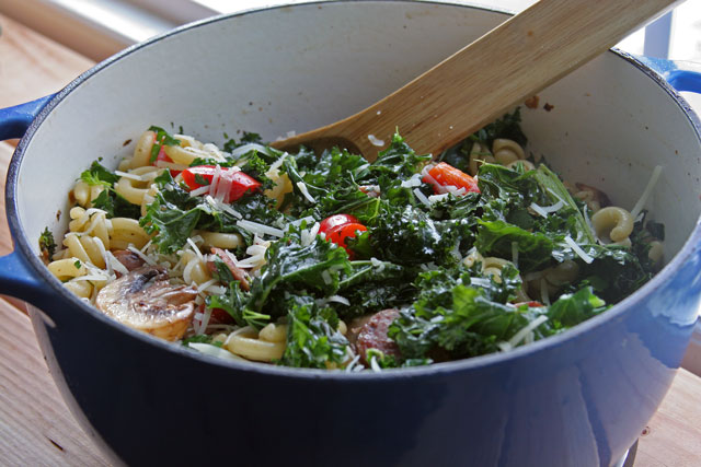 Kale, Mushroom, and Bell Pepper Pasta with Parmigiano and Olive Oil