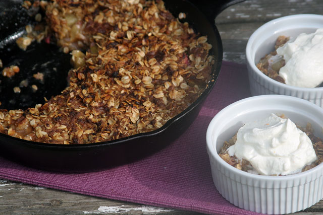 Rhubarb Apple Crisp with Clementine Mint Cream
