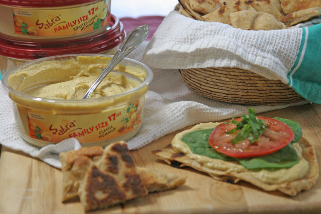flatbread recipe, flatbread, whole wheat flatbread, sabra hummus, sabra, sabra dipping company