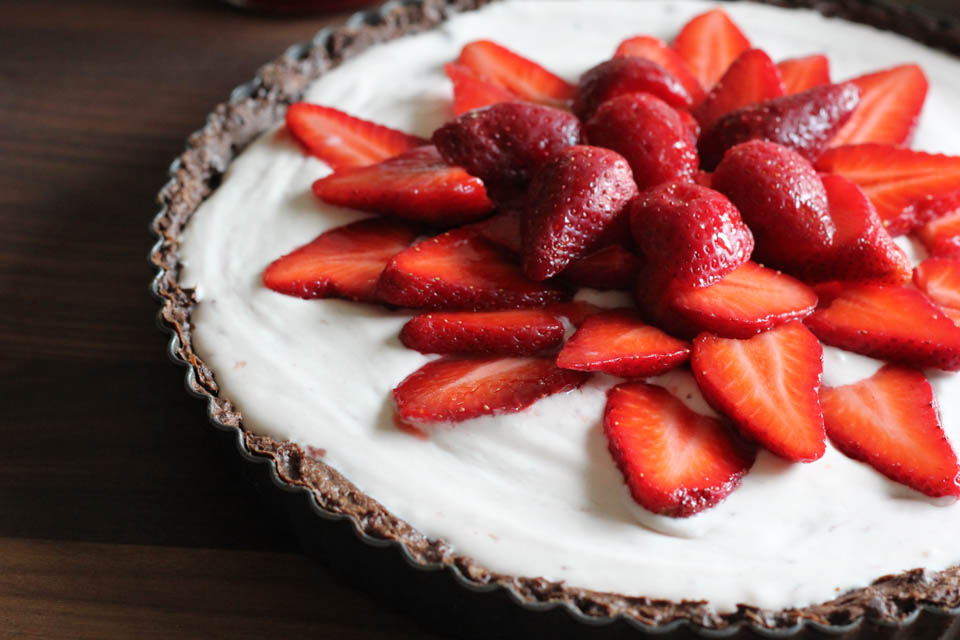 Strawberry Mascarpone Chocolate Dough Tart
