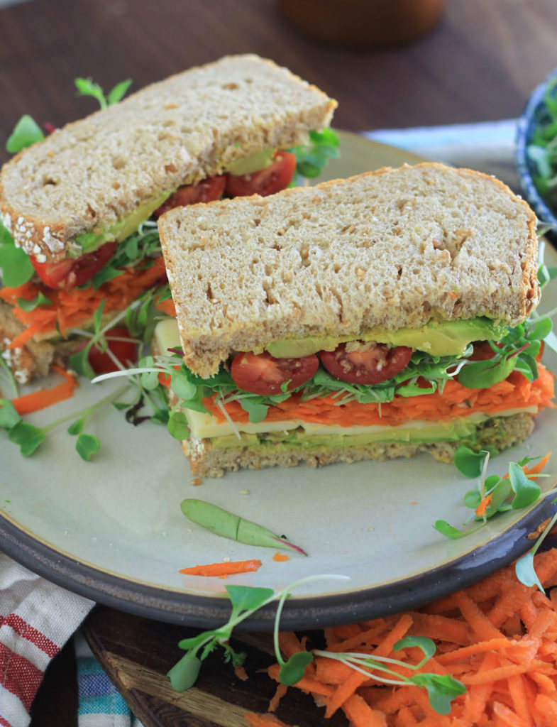 Avocado Sprout Vegetable Sandwich