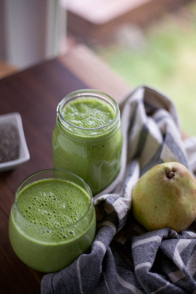 Pear Chia Seed Green Smoothie