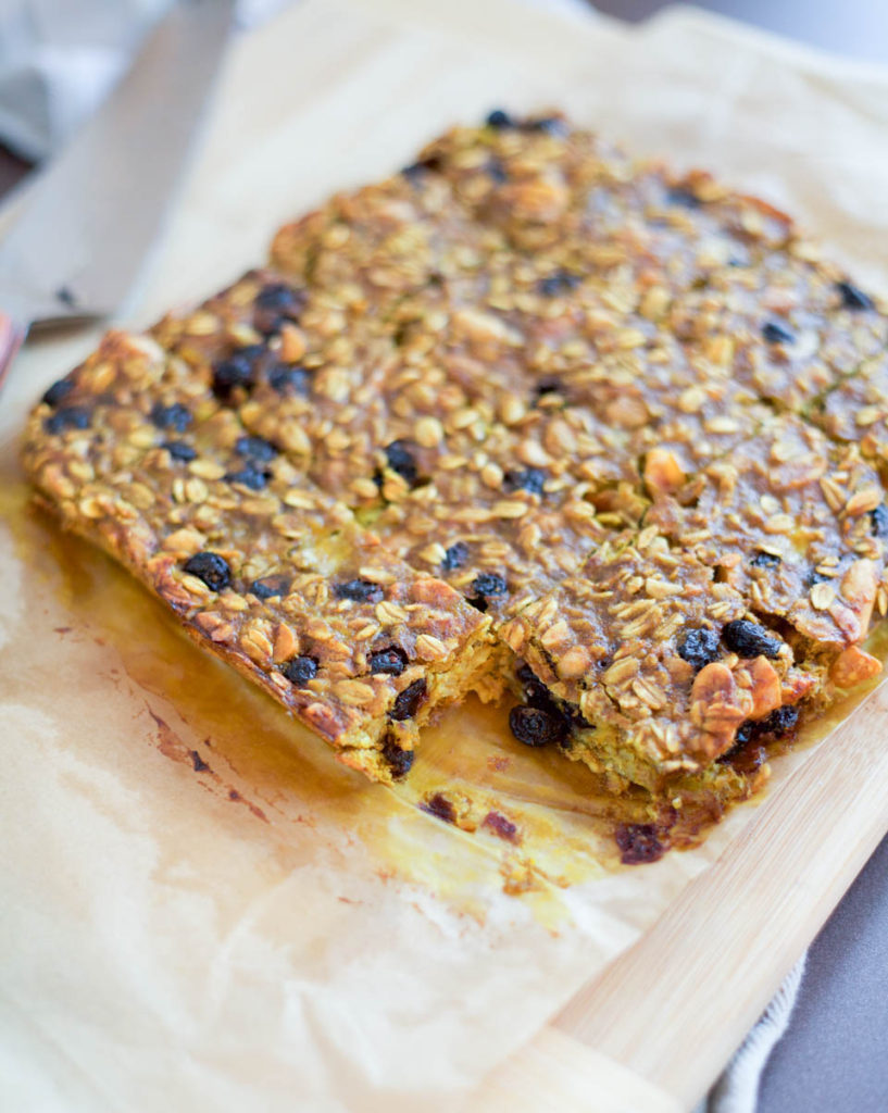 Oatmeal Blueberry Banana Protein Bars